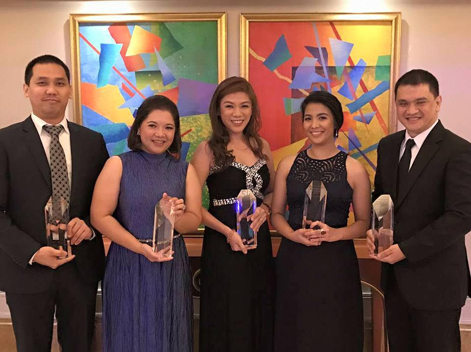 (From L-R) Atty. Norman Yap, AVP - Litigation (AEV-LMS representative to receive the award); Atty. Monalisa Dimalanta of Puyat Jacinto and Santos Law Firm, external counsel for the GNPower Acquisition; Atty. Sharry Salazar, Senior Associate General Counsel - Contracts and Commercial Transactions (AEV-LMS representative to receive the award); Atty. Gmeleen Tomboc of Sidley Austin LLP, external counsel for the GNPower Acquisition; Atty. Ramil Bugayon of Puyat Jacinto and Santos Law Firm, external counsel for the borrower for the Project Financing of the GNPower Acquisition.