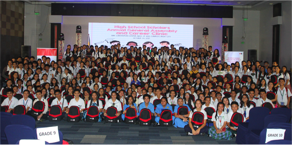 Over 700 Aboitiz Foundation high school scholars participated in the Career Clinic organized by the Foundation and Edukasyon.ph.