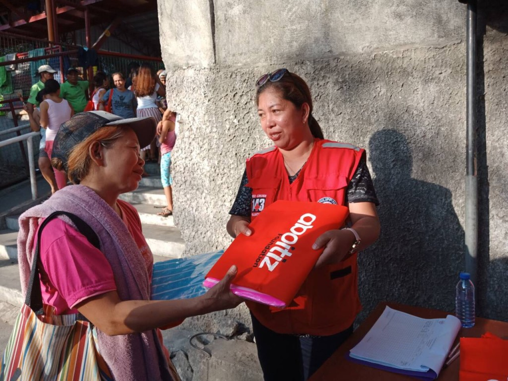Blankets were provided by the Aboitiz Foundation to the families who evacuated to the nearby covered court and Tenement Elementary School of Barangay Western Bicutan.