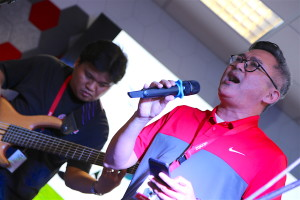 Jimbo Reverente pours his heart out in song