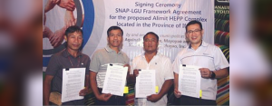 SNAP President and CEO Joseph S. Yu (right) with municipal mayors from Ifugao province during the signing last October 4, 2018.
