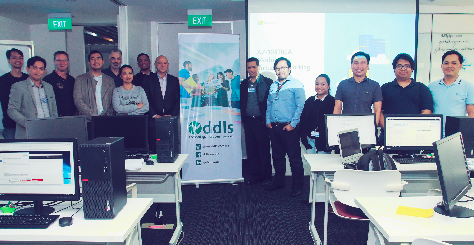 First batch of DDLS Philippines' Microsoft Azure students with the DDLS team at the Microsoft office.