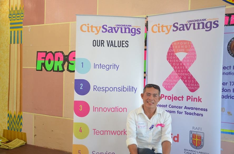 BREAKING STEREOTYPES: Albert Villaceran, an attendee from Madridejos District in Bantayan Island, Cebu braved the crowd and was one of the few men who decided to join the forum. He later on shared his testimonial and key takeaway from CitySavings' Project Pink.