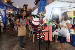 ENTREPRENEURSHIP AMONG NEIGHBORS. Vecino Bazaar is one of the community building initiatives AboitizLand conducts in partnership with residents all year round.