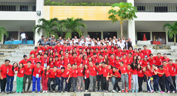"""READY THE NEXT GENERATION. Delegates of the 11th Aboitiz Future Leaders Business Summit, which carried the theme """"Filipino Youth, Global Leaders: Driving Business Excellence to Secure a Better World for the Next Generation"""", with their mentors and facilitators."""