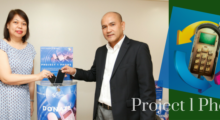 RECYCLING TECHNOLOGY FOR THE ENVIRONMENT. Globe Telecom Senior Vice President for Corporate Communications Yoly Crisanto (left) with UnionBank First Vice President Montano Dimapilis (right) during the signing of the Memorandum of Agreement between the companies. UnionBank partnered with Globe under the latter's Project 1 Phone e-waste recycling program.