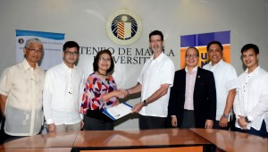 Signing the Memorandum of Understanding at the Ateneo's Loyola Heights campus are Dr. Luis Dumlao, Dean of the John Gokongwei School of Management, representing the Ateneo de Manila University; Dr. Maria Luz Vilches, Vice President for the Loyola Schools; Dr. Justo Ortiz, UnionBank Chairman and Chief Executive Officer; and Mr. Eugene Acevedo, UnionBank Senior Executive Vice President, Center Head for Retail and Corporate Banking; Genaro Lapez, UnionBank EVP and Center Head for Strategic Partnerships; and Dr. Rob Ramos,  UnionBank FVP and Head of Trust and Investment Services Group.