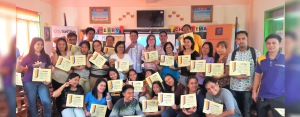 FINANCIALLY WISER TEACHERS:  A group of public school teachers from Solano Bonfal Pilot National High School in Bayombong, Nueva Vizcaya proudly show their certificates of completion at the conclusion of Project Per@parasyon, a practical wealth management program last October 25 conducted by CitySavings Solano Branch.