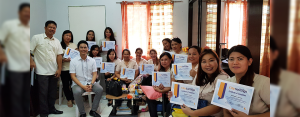 FINANCIALLY WISER:  Maylene Baldovino (3rd from right) from Adlas Elementary School in Silang, Cavite and her fellow teachers proudly show their certificates after a Project ₱er@parasyon (Peraparasyon) session by CitySavings Dasmariñas Branch.