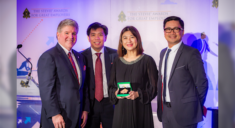 From left: Michael Gallagher, The Stevie Awards President, Henry R. Aguda, UnionBank Chief Transformation Officer, Michelle Rubio, UnionBank HR Director, and James P. Ileto, UnionBank VP Public Relations