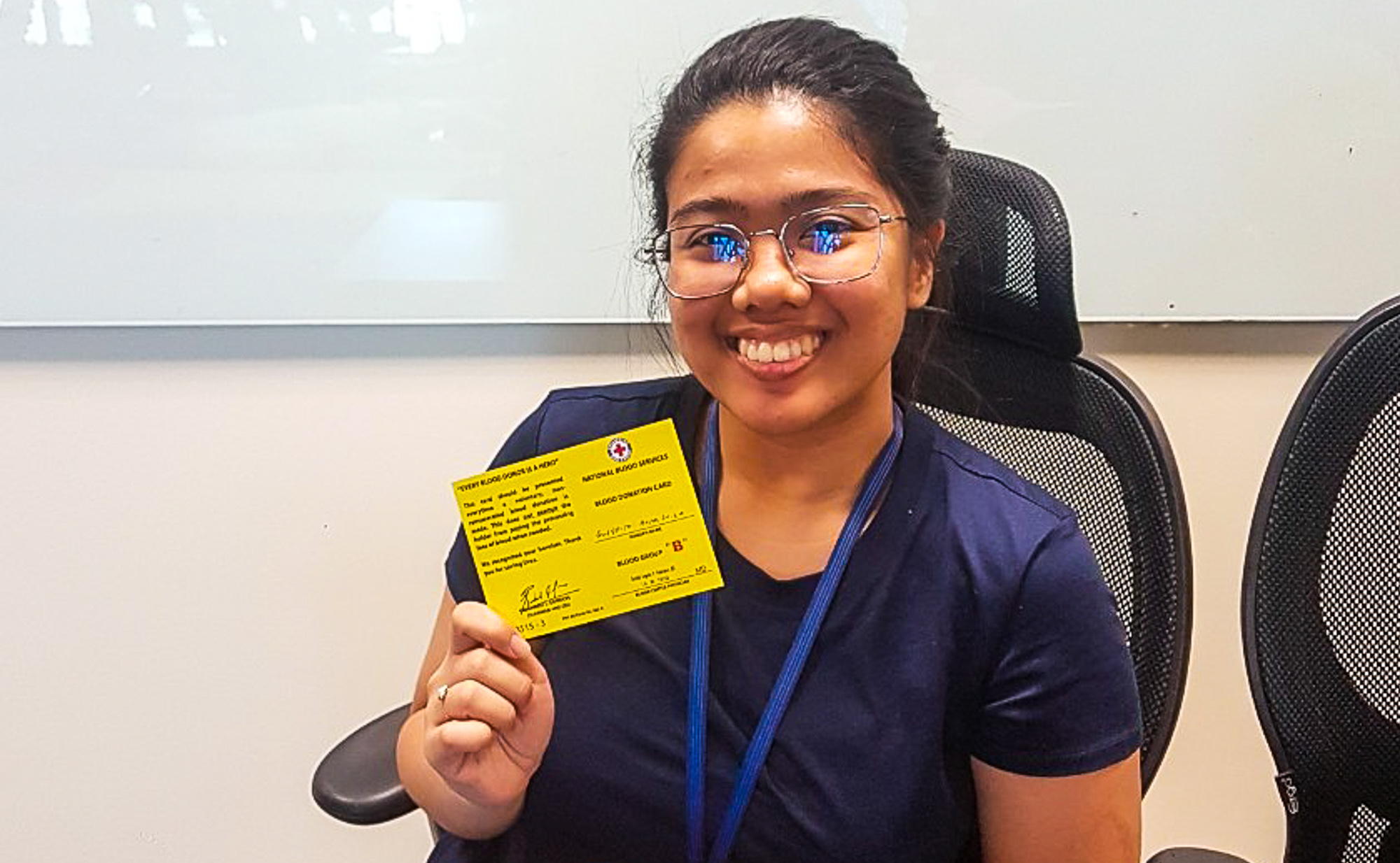 yellow donor card