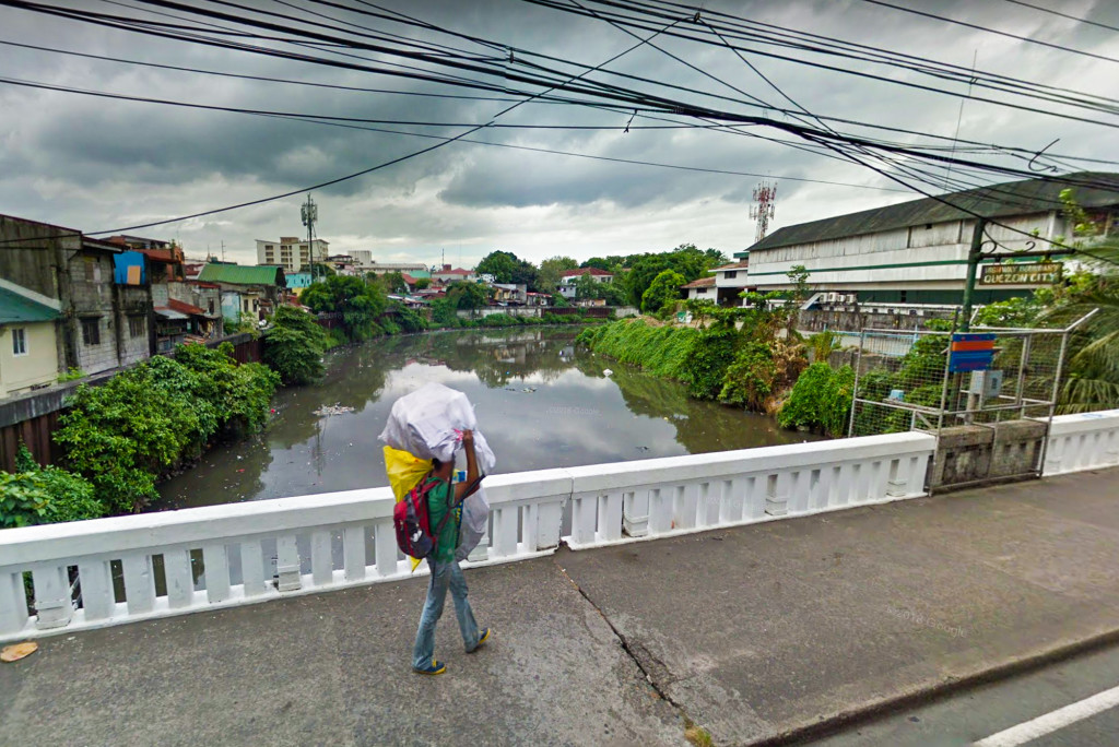 San Juan River from the Lambingan Bridge on Aurora Boulevard, which connects Manila and Quezon City.