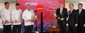 AEV MARKS 25 YEARS ON THE PSE. (From left) Sabin M. Aboitiz, AEV Chief Operating Officer; Luis Miguel O. Aboitiz, AEV Senior Vice President; Erramon I. Aboitiz, AEV President and CEO; Jose T. Pardo, PSE Chairman; Ramon S. Monzon, PSE President and CEO; and Roberto Cecilio O. Lim, PSE Director, ring the PSE bell at the opening of trades on Nov. 22 to celebrate the 25th listing anniversary of AEV.
